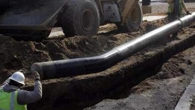 New Jersey Natural Gas installs pipelines along Lake Road in Manchester in this 2009