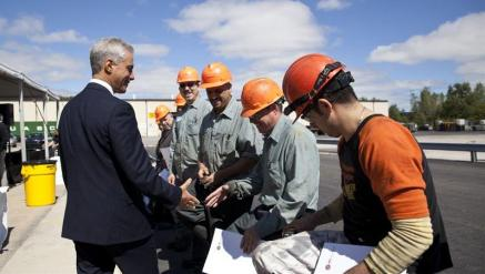 JMC Steel Group Hosts Mayor at Chicago Facility